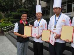 103國際美食創意競賽恭賀餐飲科榮獲金牌