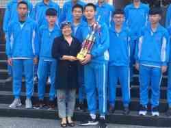 晨間獻獎~觀一忠参加105學年度新北市樂活系列班際3對3籃球賽冠軍